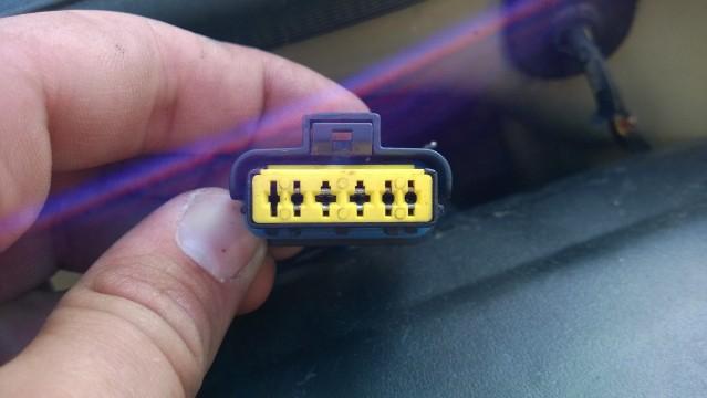 C3 1.4HDI 16v Pin ignment in MAF sensor plug - French Car ... on